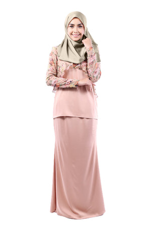 Khayla Kurung in Apricot Floral - moderee - 1
