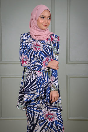 Suri Kurung in Blue Leaf