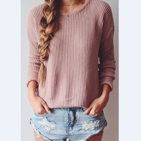 Loose long sleeved round neck knit sweater