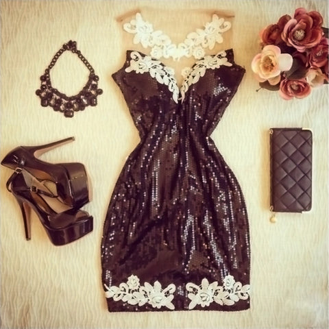 Slim lace sleeveless dress
