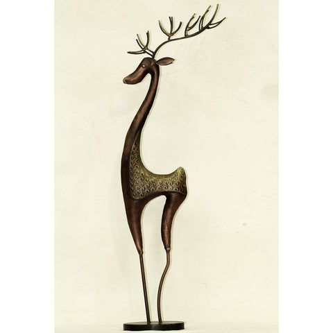 Beautiful deer showpiece for your office , living room or bedroom. Height : 82 cms