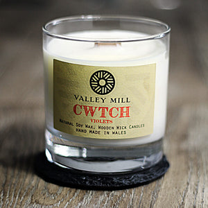 Cwtch Violets Soy - Wooden Wick Candle