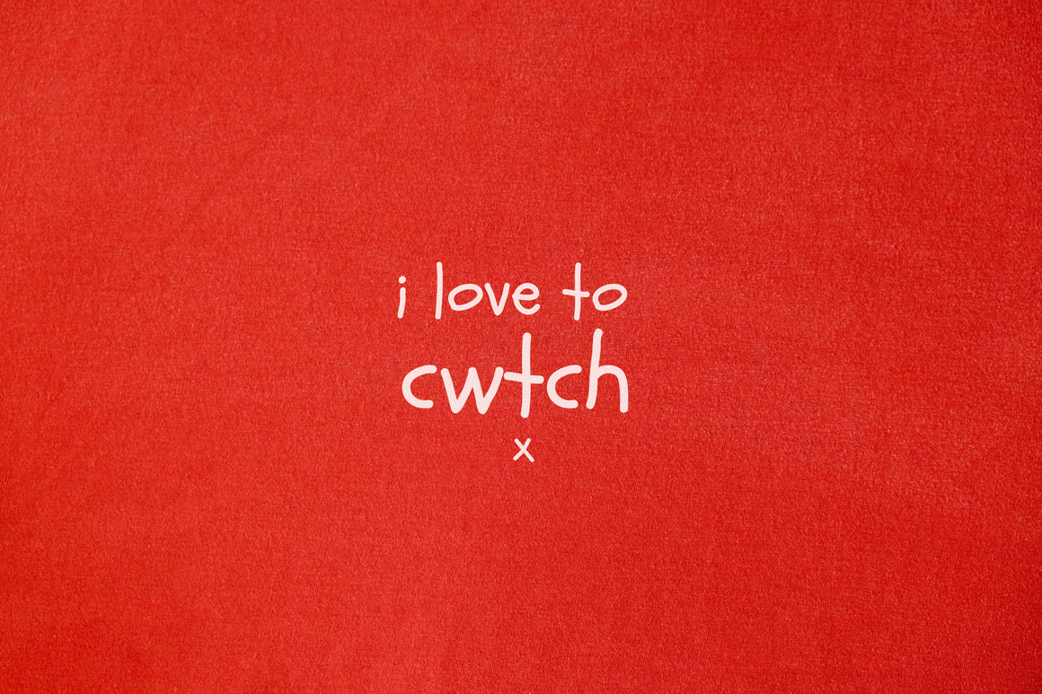 i love to cwtch - Baby Cot Blanket/ Shawl