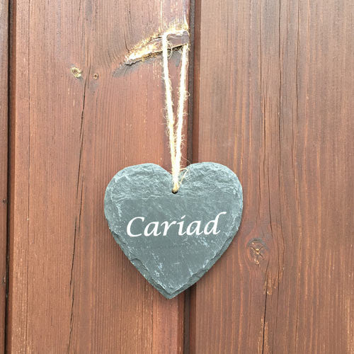 Welsh Slate Hanging Plaque (Cariad/ Heart)