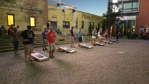 bar cornhole
