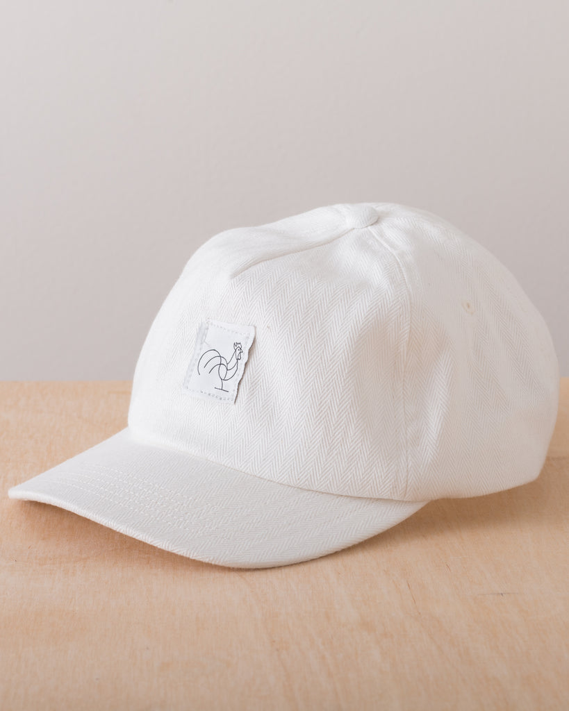Rooster Logo Tag Baseball Cap - White