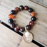 14mm caramel agate coin relic freshwater pearl & Swarovski crystal dangle quality stretch bracelet