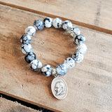 "12mm black and white crackle agate beads 1"" oval religious medal bracelet"