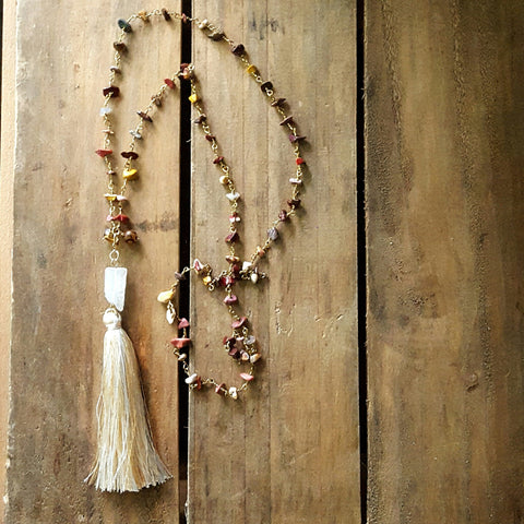 necklace carneilian chips brass roasry style chain w large tassel & quartz stone removeable pendant