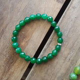 protection bracelet in grass green jade 8mm quality stretch
