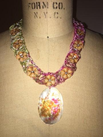 Vintage Hand Crocheted Floral Necklace