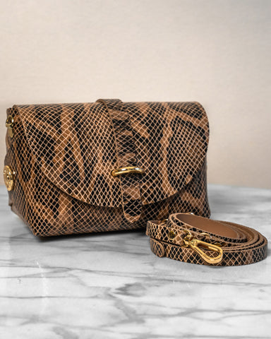 LILA Fashion | 'My Passport' Barrel Bag | Brown Snakeskin
