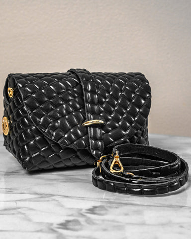 LILA Fashion | 'My Passport' Barrel Bag | Black Croc