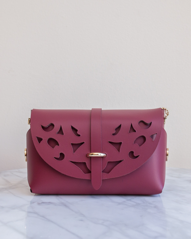 LILA Fashion | 'My Passport' Barrel Bag | Cutouts Burgundy