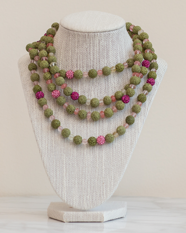 LILA Fashion | Peony Necklace
