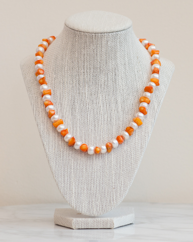 LILA Fashion | Chrysanthemum Necklace