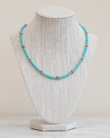 LILA Fashion | Turquoise & Lace Necklace