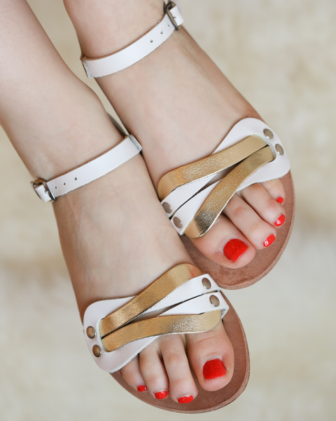 Aphrodite Love Knot Sandals | White & Gold