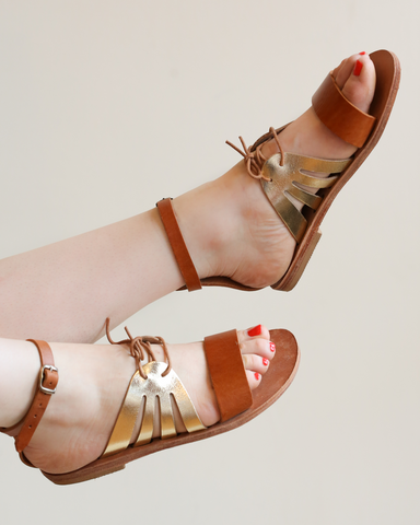 LILA Fashion | Kamares Sandal | Tan & Gold