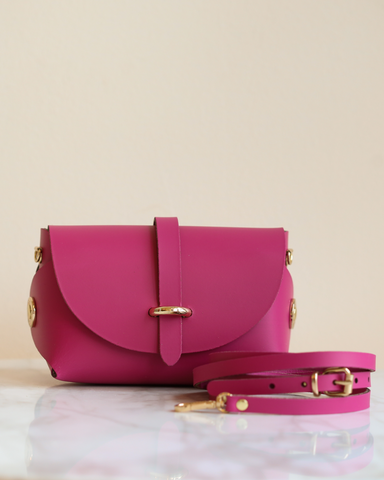 LILA Fashion | 'My Passport' Barrel Bag | Fuchsia