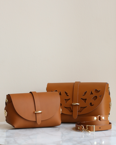 LILA Fashion | 'My Passport' Barrel Bag | Camel