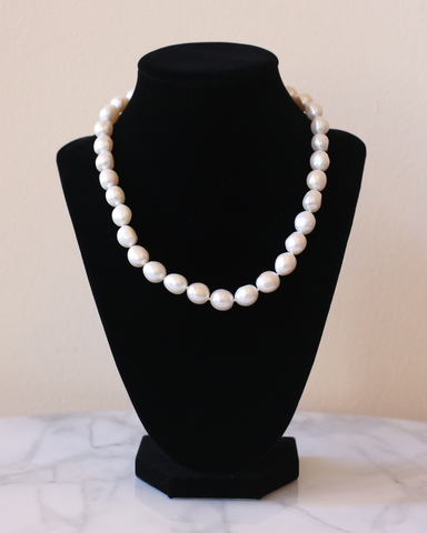 LILA Fashion | Aphrodite Pearl Necklace