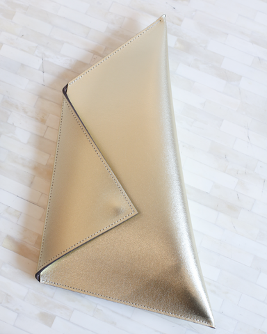 LILA Fashion | Thunder Clutch | Gold