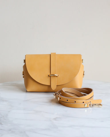 LILA Fashion | 'My Passport' Barrel Bag | Honey