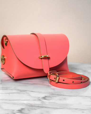 LILA Fashion | 'My Passport' Barrel Bag | Coral Pink