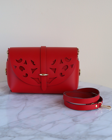 LILA Fashion | 'My Passport' Barrel Bag | Cutouts Red