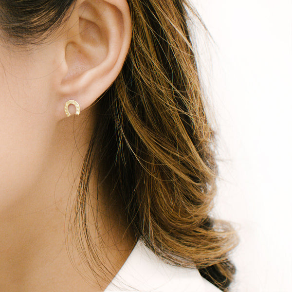 Horseshoe Stud Earrings Earrings - A Gilded Leaf jewelry