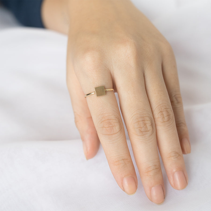 Loey Square Ring