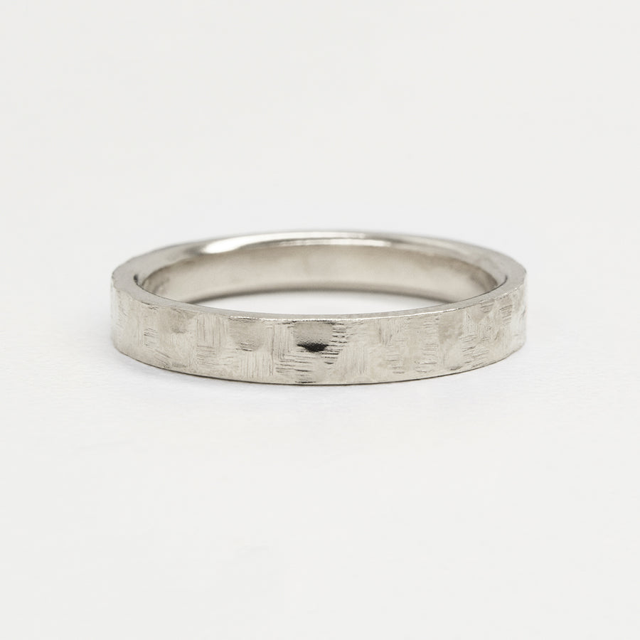 Flat Hammered Ring 4MM - White Gold