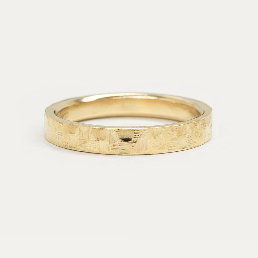 Flat Hammered Ring 4MM - Yellow Gold