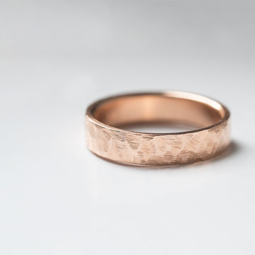 Flat Hammered Ring 6MM - Rose Gold