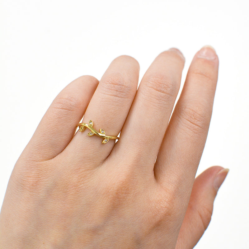 Autumn Wavy Diamond Leaf Ring Rings - A Gilded Leaf jewelry