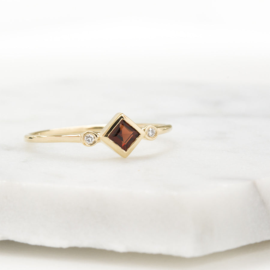 Skyler Garnet Diamond Ring