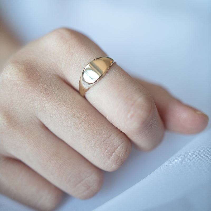 Signet Oval Ring - Sample
