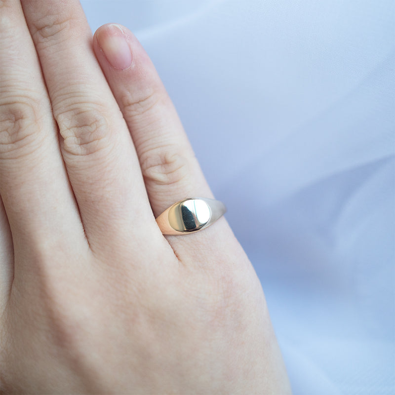 Signet Oval Ring