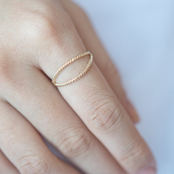 Twisted Split Ring - Sample