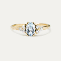 Oval Aquamarine Diamond Ring