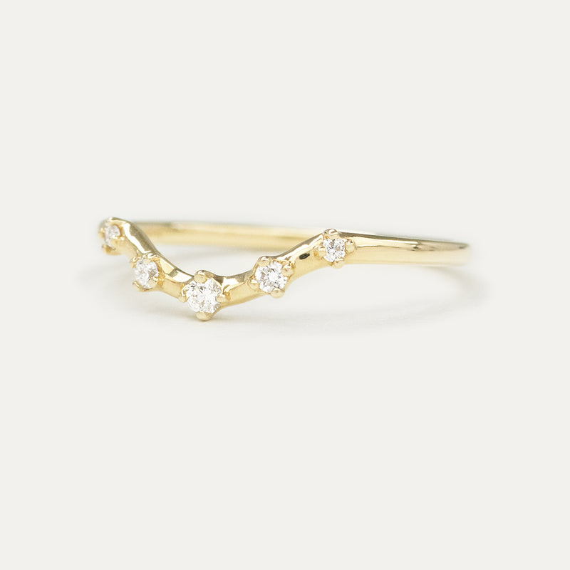 Stellar Curved Diamond Wedding Band