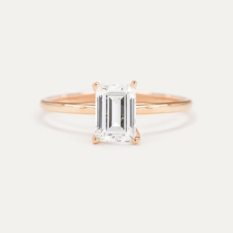 7x5MM Emerald Cut Moissanite Solitaire Engagement Ring