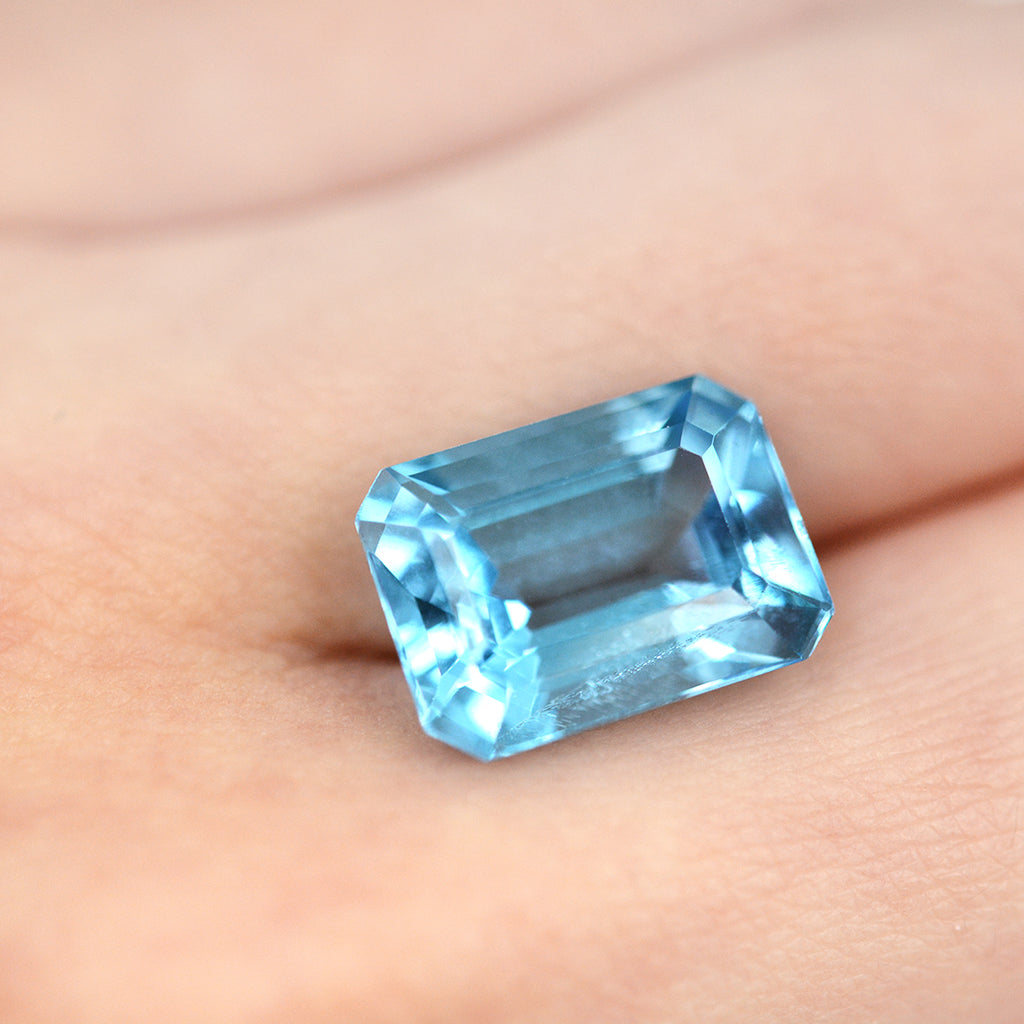9.96CT Octagon Cut Blue Topaz