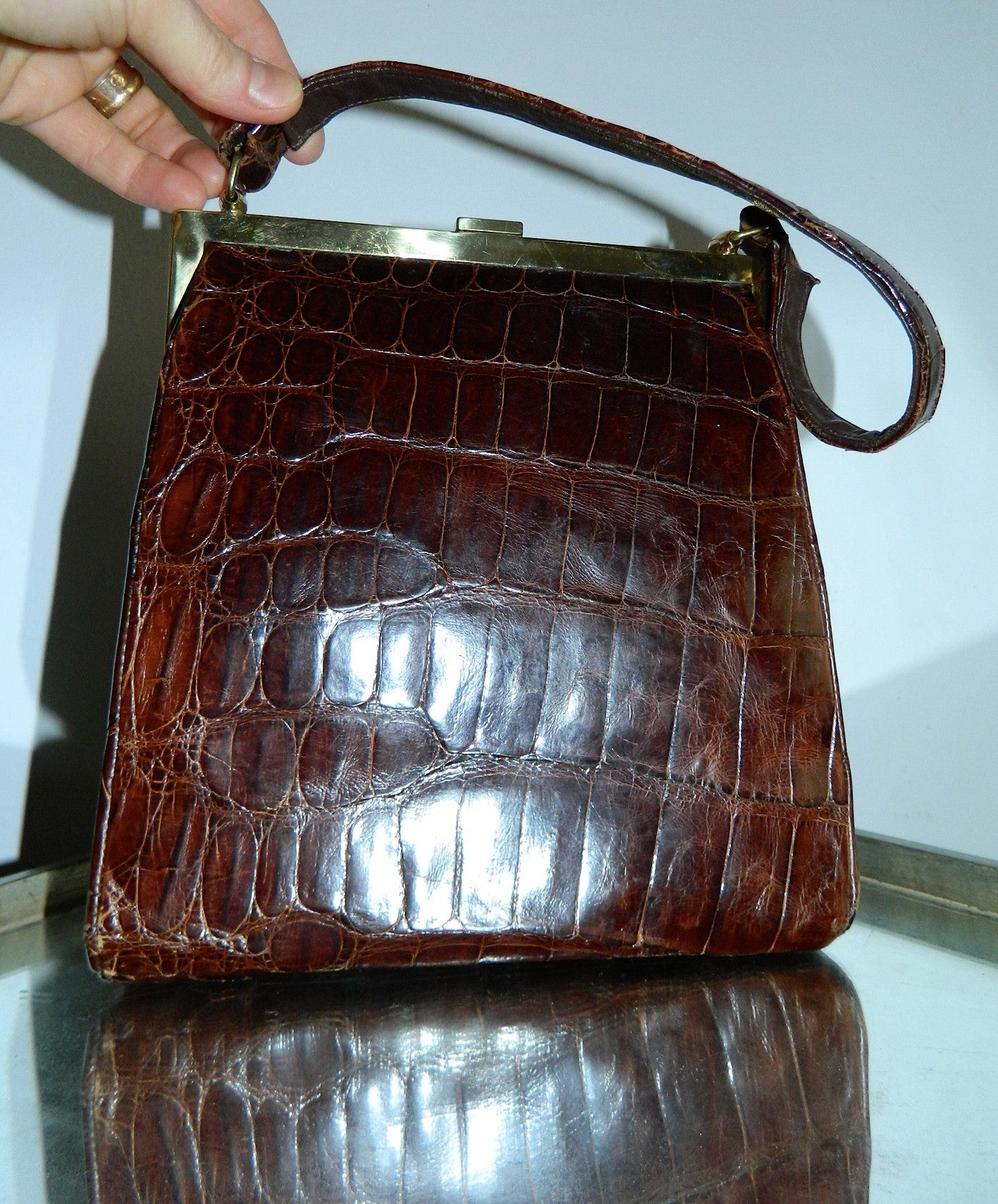 vintage 1960s brown ALLIGATOR handbag gold frame purse