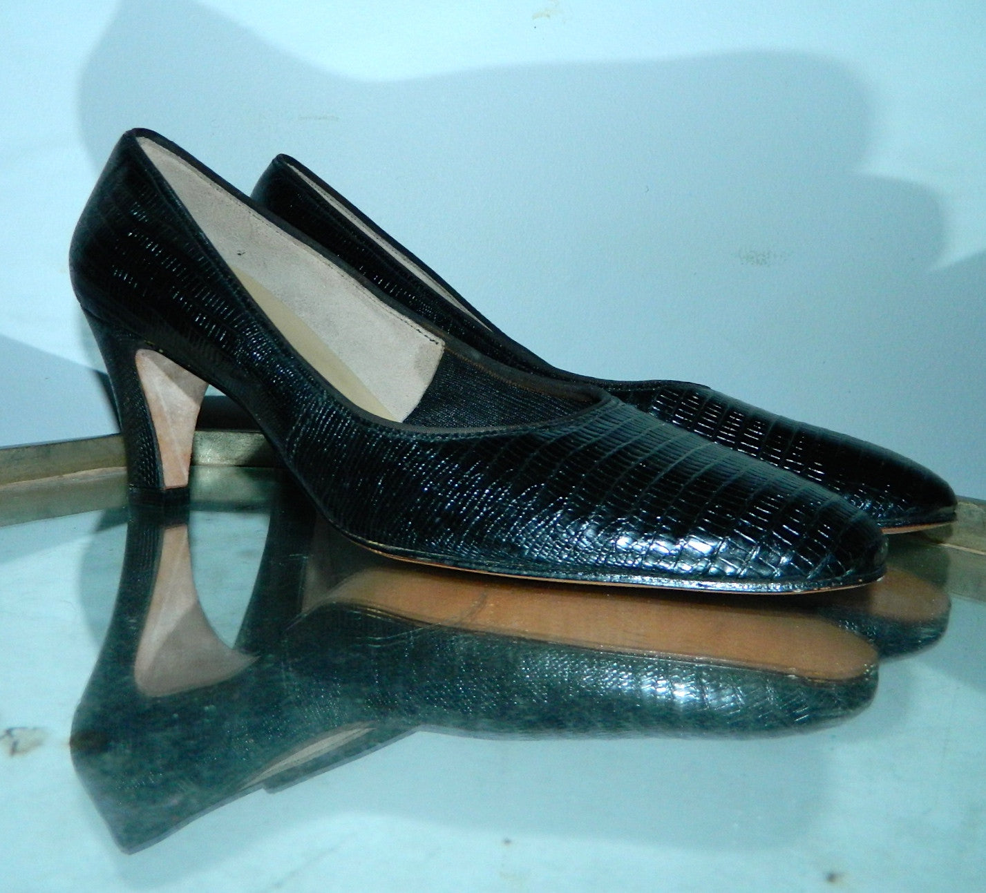 vintage 1960s black LIZARD heels shoes 7 1/2 N