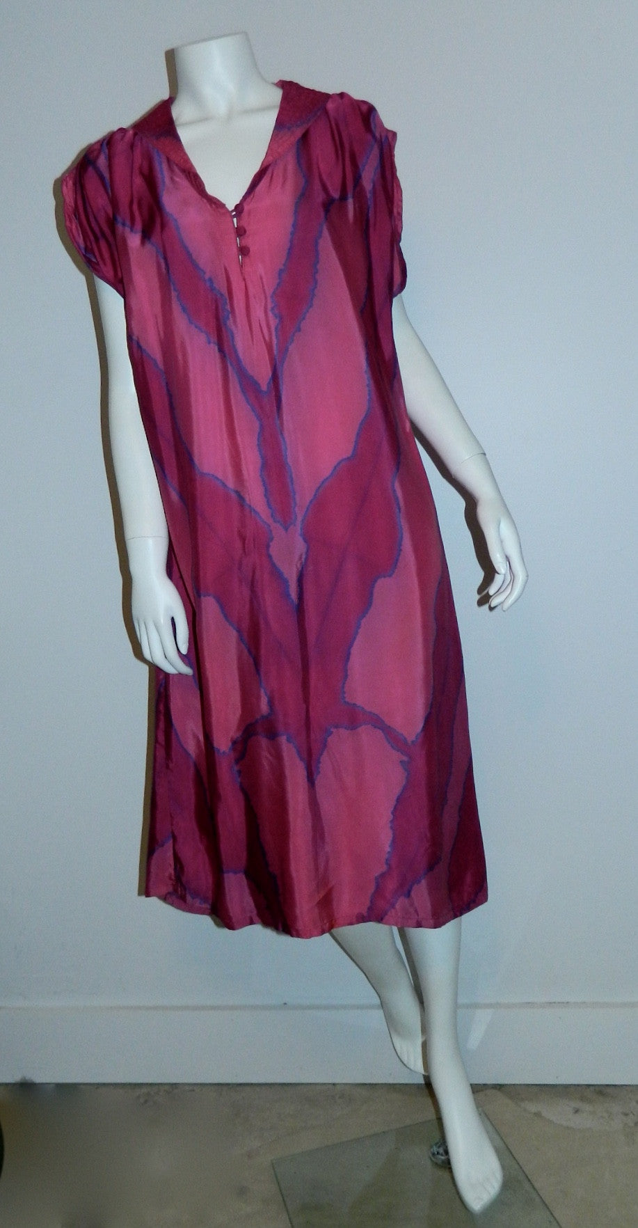 magenta silk HAND DYED poets dress / vintage 1970s / artist made OOAK