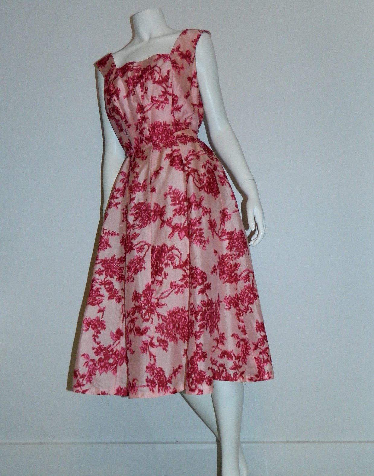 vintage GiGi Young dress / 1960s silk shantung / pink flowers full skirt M