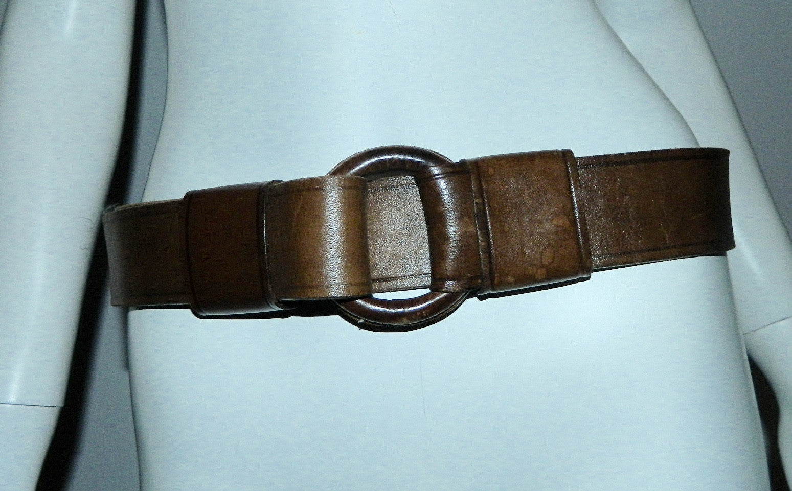 vintage 1970s O ring leather belt / brown jeans belt Hippie Boho retro 30 32 34 36