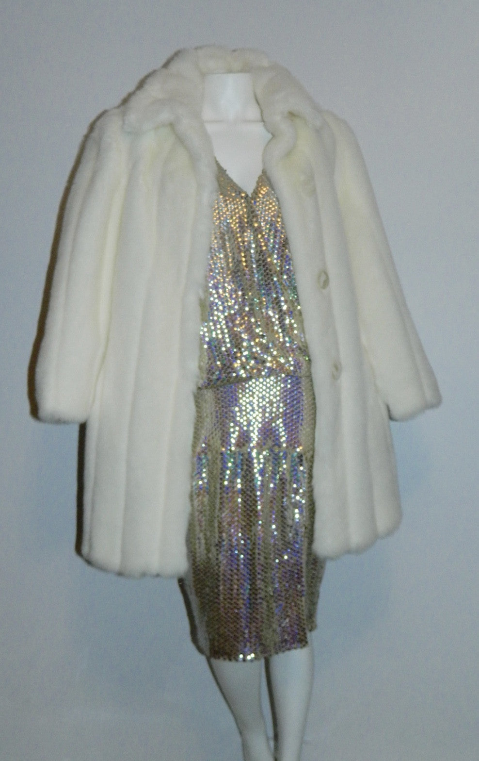 white faux fur coat 1980s vintage Oleg Cassini stroller length faux rabbit fur S - M
